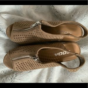 Soda Shoes - camel colored wedges